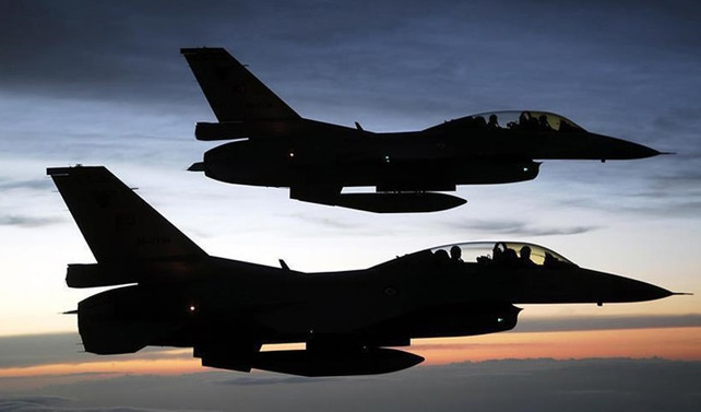 TSK: Afrin'de 782 hedef havadan vuruldu