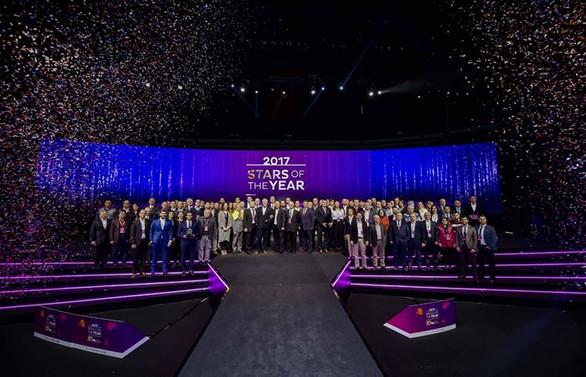 Yıldız Holding'te 'Senenin Yıldızları Ödülleri' sahiplerini buldu