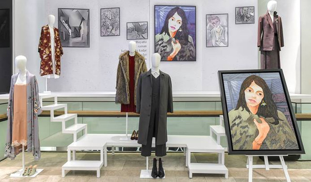 Kürk Mantolu Madonna'nın kostümleri sergileniyor