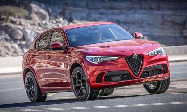 2018'in en iyi yeni otomobili Alfa Romeo Stelvio