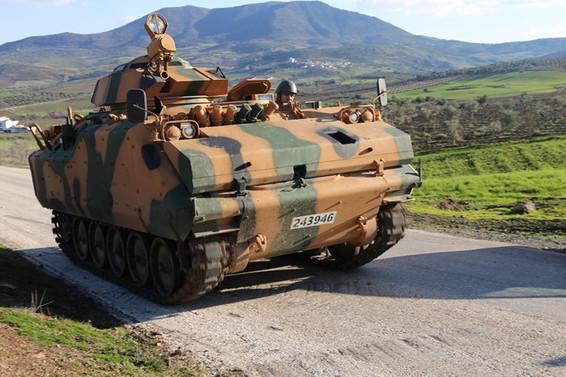 Afrin'de bir tank daha isabet aldı