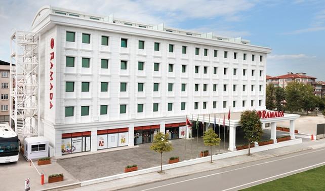 Alkaş Grup 25 milyon lira yatırımla Ramada oteli faaliyete aldı