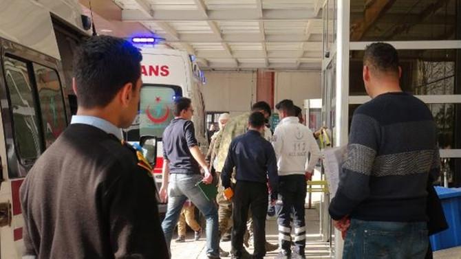 Afrin'de 2 asker ile 8 ÖSO'lu yaralandı
