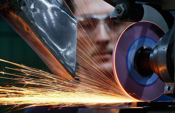 Sanayi üretimi, büyüme beklentilerini yükseltti