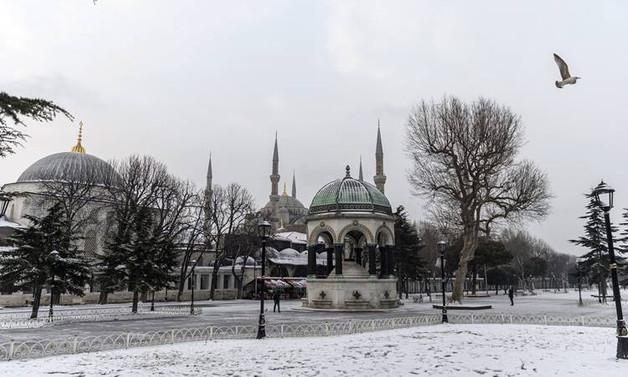 Kar, İstanbul'u terk ediyor