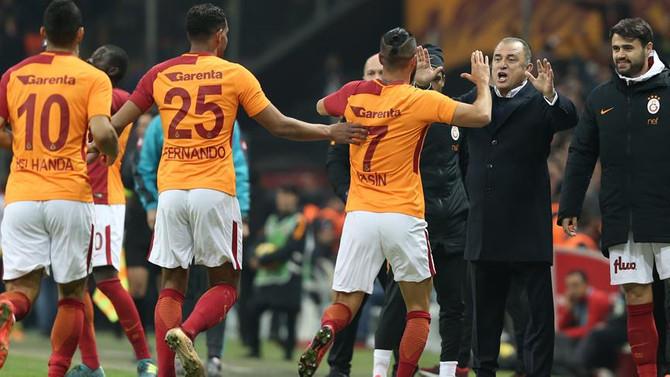 Galatasaray hem ligde hem de cepte zirvede
