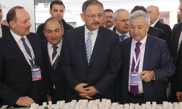 Özhaseki, İstanbul Yatırım Çadırı'nın açılışını yaptı