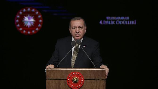 Erdoğan: Sivilleri hedef alsaydık Afrin çoktan düşmüştü