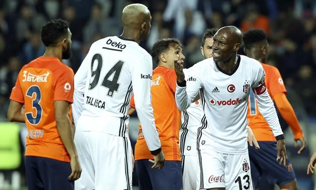 Kritik maçta galibiyet Medipol Başakşehir'in