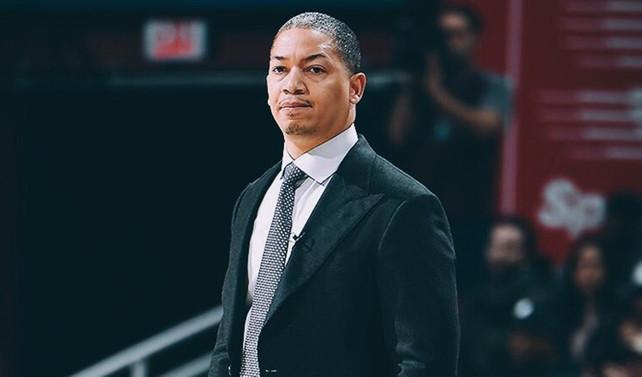 Lue, Cavaliers'ı bırakmak zorunda kaldı