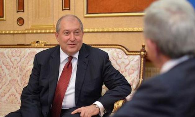 Ermenistan'ın yeni cumhurbaşkanı Armen Sarkisyan oldu