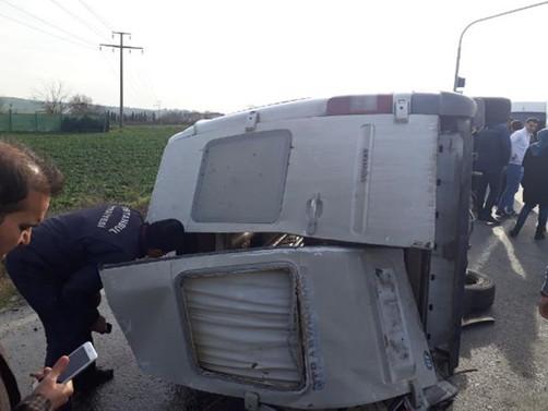 Arnavutköy'de öğrenci servisi kaza yaptı : 1 öğrenci öldü