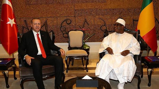 Erdoğan, Mali Cumhurbaşkanı ile görüştü