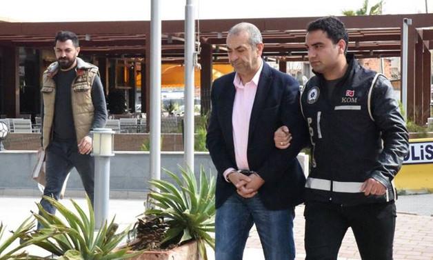 Holding patronları FETÖ'den tutuklandı