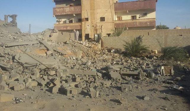 Libya'da aidiyeti belli olmayan uçakla saldırı: 2 ölü