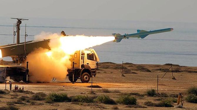 Yemen'den Riyad'a balistik füze saldırısı: 1 ölü