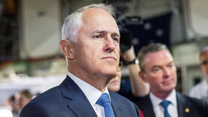 Avustralya iki Rus diplomatı sınır dışı edecek