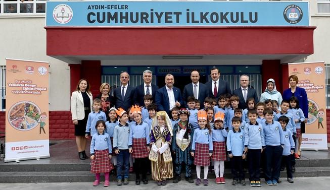 Eğitimi desteklemek bize Sabri Bey'in mirasıdır