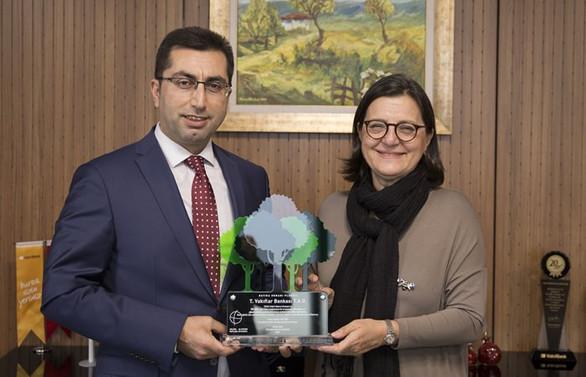 VakıfBank'tan 160 bin fidan bağışı