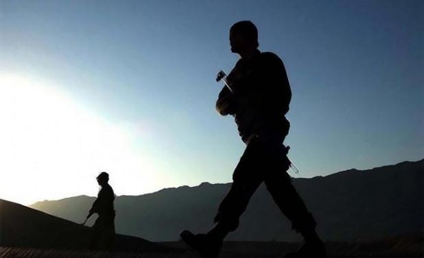 Diyarbakır'da güvenlik güçlerine saldırı
