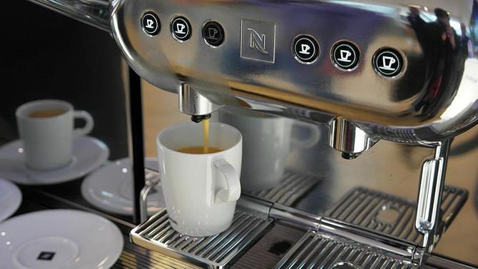 Starbucks, kahveye 'kanser uyarısı' koyacak