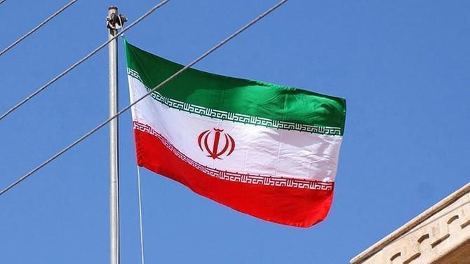 İran'da askeri depoda patlama meydana geldi