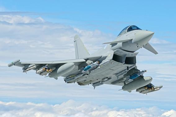 S. Arabistan İngiltere'den 48 savaş uçağı alacak