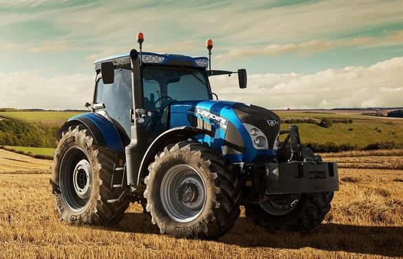 Anadolu Grubu 'yerli' portföyüne traktör ekledi