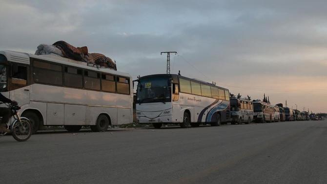 Dumalıları taşıyan tahliye konvoyuna silahlı saldırı