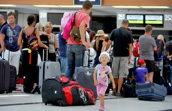 Turist getiren acentelere uçuran destek