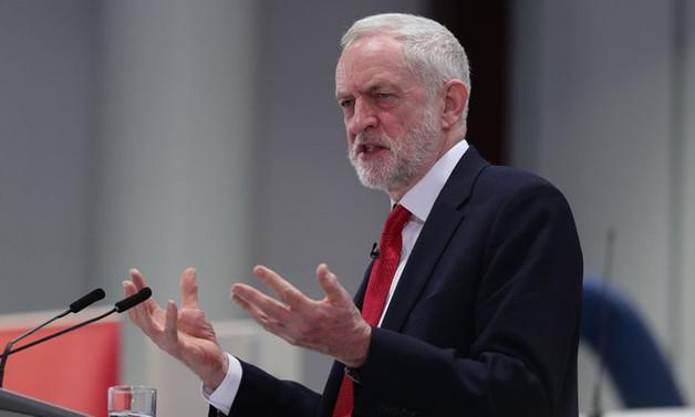İngiltere'de muhalefetten May'e Suriye tepkisi