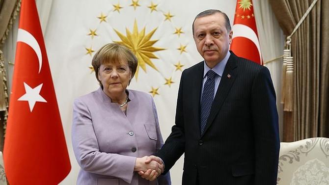 Cumhurbaşkanı Erdoğan ile Merkel Suriye'yi görüştü