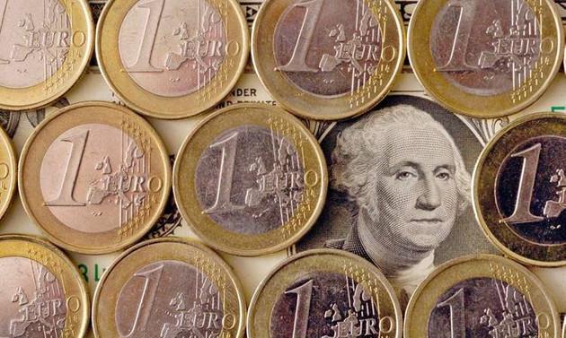Dolar bahisleri 'düşüş sürecek' diyor