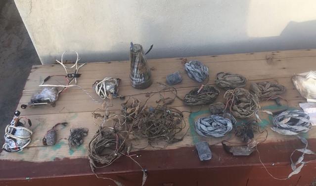 Afrin'de 12 adet tespih tipi patlayıcı düzenek ele geçirildi