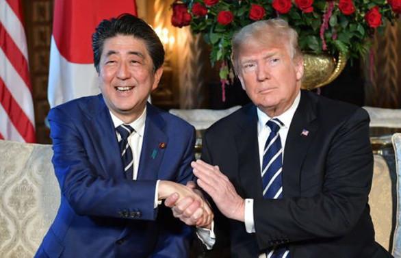 Trump ve Abe, ticaret görüşmelerini genişletecek