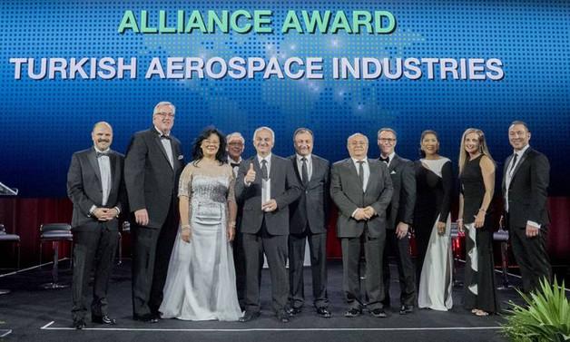 Boeing'den TAI'ye ödül