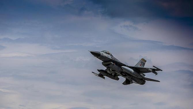 Irak'ın kuzeyinde 10 terörist etkisizleştirildi