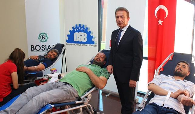 Bursa iş dünyası, Kızılay'a kan bağışıyla destek oldu