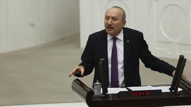 MHP'den istifa ederek İYİ Parti'ye geçti