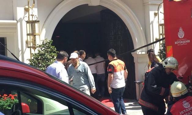 Sultanahmet'te otelde yangın