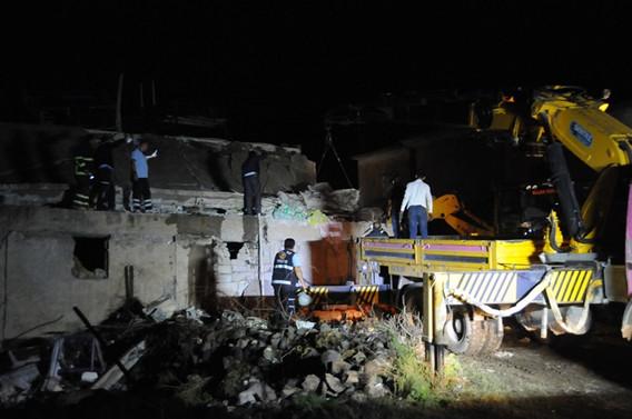 Cizre'de tüp patladı: 2 ölü, 9 yaralı