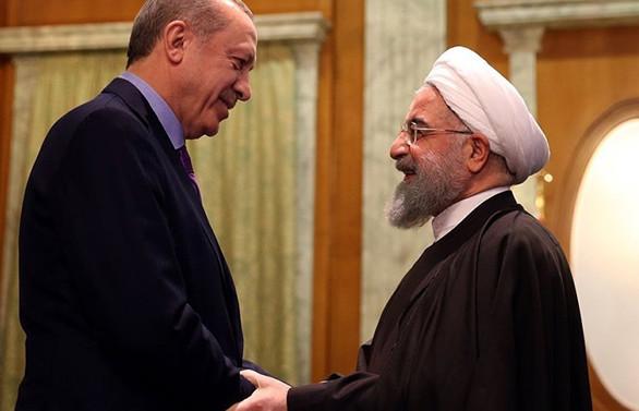 Erdoğan, Üçlü Zirve öncesi Ruhani ile görüştü