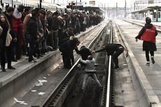 Fransa'da grev üniversitelere sıçradı