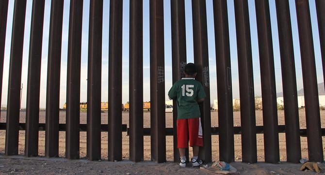 Meksika sınırına 4 bin ABD askeri