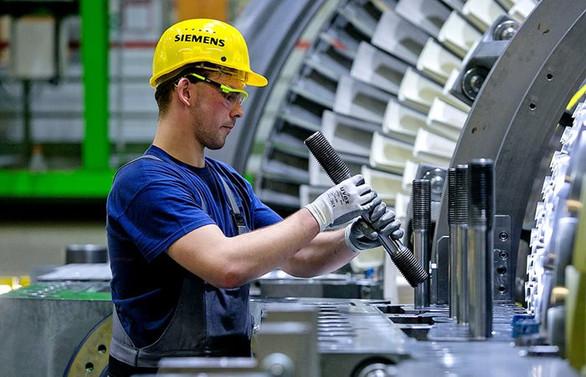 Almanya'da sanayinin çarkları yavaşladı