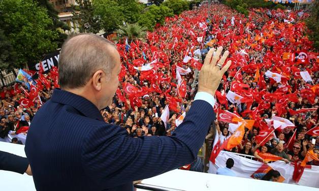 Erdoğan'dan Kılıçdaroğlu'na yanıt: Sanatçılarımıza hakaret yetkisini nereden aldın?