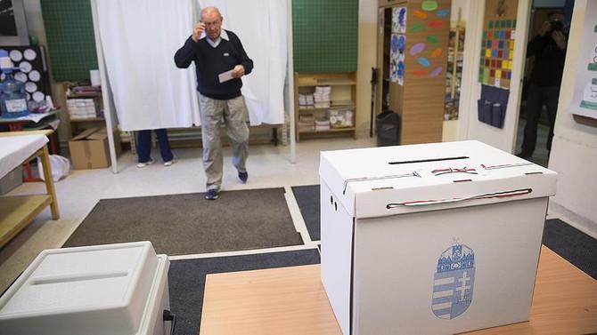 Macaristan vekillerini seçiyor