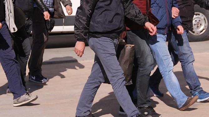 Bir haftada 556 FETÖ zanlısı yakalandı