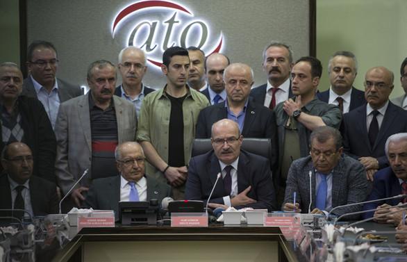 ATO Başkanvekili Mustafa Deryal'e saldırı