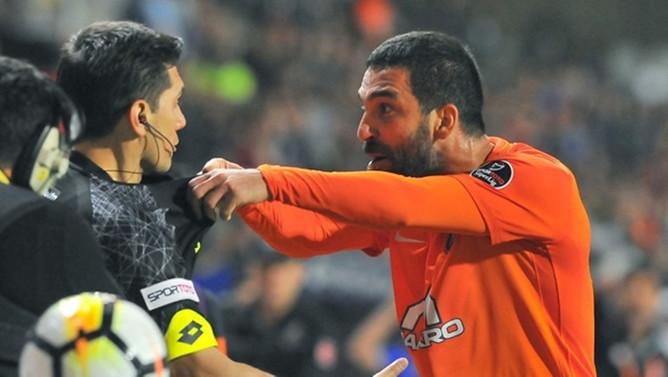 PFDK'dan Arda Turan'a 16 maç ceza